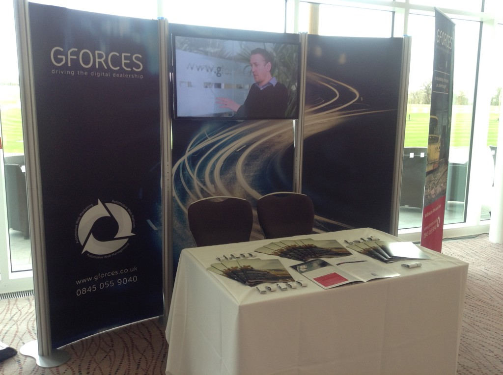 GForces Exhibiting Stand