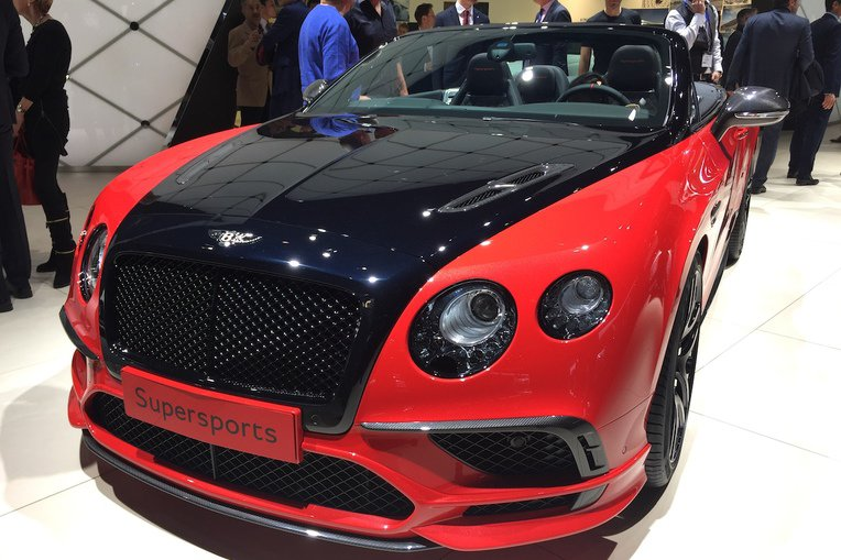 Black and red Bentley Continental Convertible at the Geneva motor show
